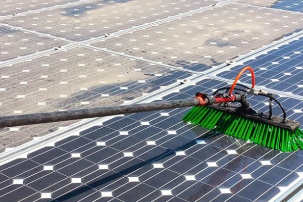 solar-panel-cleaning